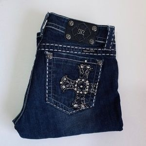 Miss Me • Bermuda Cross Dark Denim Shorts Crop 6